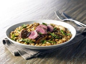 Filet mignon and asparagus risotto